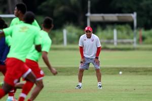 Levi Gomes Náutico (Foto: Aldo Carneiro / Pernambuco Press)