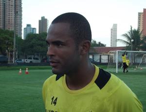 Lúcio Flávio quer vitória do ABC ao lado da torcida (Foto: Ferreira Neto)