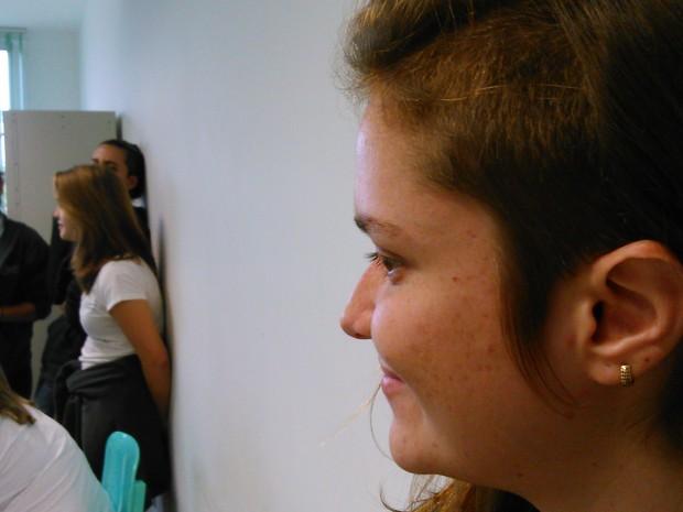Rebeca Rocha estava entre os estudantes que rasparam cabeça (Foto: Gabriel Barreira/G1)