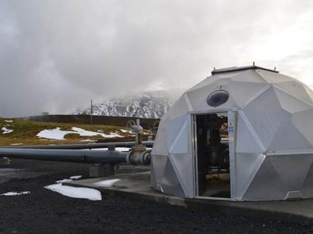 A usina geotérmica de Hellisheidi continua a bombear CO2 nas profundezas da Islândia  (Foto: Lamont-Doherty Earth Observatory)