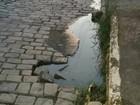 Esgoto no Catarcione, em Friburgo, RJ, é alvo de queixas dos moradores
