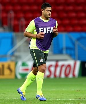 Hulk no treino da Seleção Brasileira (Foto: Mowa Press)