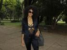 Raissa Santana ousa no look para curtir quinto dia de desfiles do SPFW