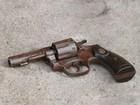 Tentativa de assalto em casa termina com invasor baleado em Divinópolis