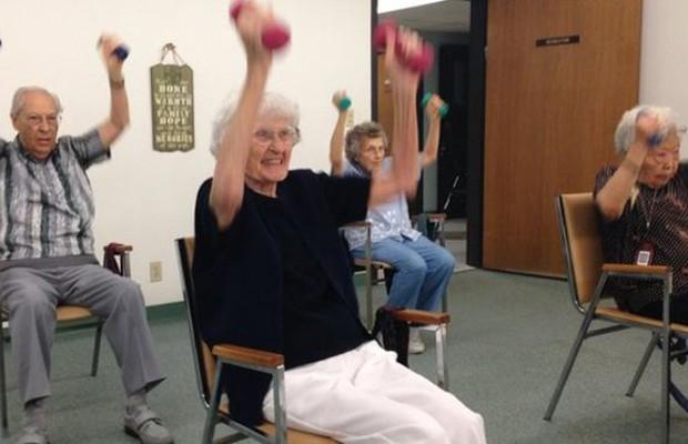 Exercícios fazem parte da rotina dos moradores de Loma Linda (Foto: BBC)