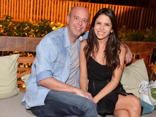Alex Escobar e a mulher, Thamine Leta, em festa na Zona Sul do Rio (Foto: Ari Kaye/ Divulgação)