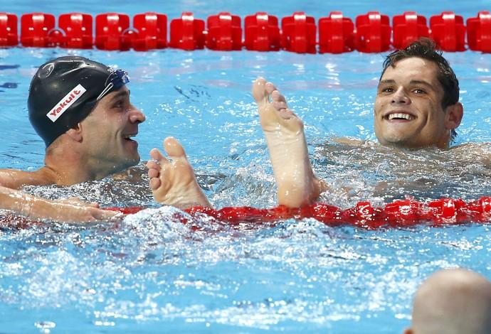 Florent Manadou e Nicholas Santos ouro e prata 50m borboleta Mundial de Kazan (Foto: Michael Dalder/Reuters)