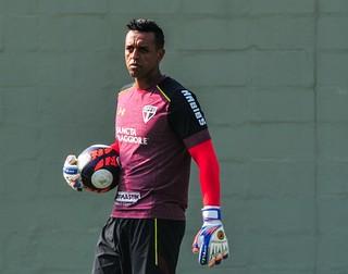 Sidão não joga contra o Botafogo e é dúvida para o clássico