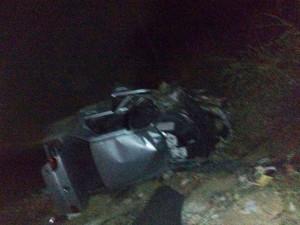 Acidente ocorreu na noite de segunda-feira, próximo de Ourolândia (Foto: Blog Augusto Urgente)
