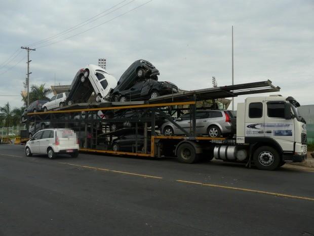 Acidente ocorreu na manhã desta sexta (Foto: Carlos Eduardo Matos/Reprodução/Amazonas FM)