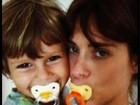 Com chupeta, Carolina Dieckmann comemora 6 anos do filho caçula