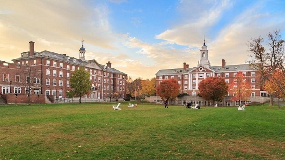 A Universidade Harvard fica em Massachusetts, nos Estados Unidos, e é uma das instituições de maior prestígio do mundo (Foto: Divulgação )