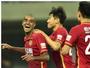 Ex-Fluminense festeja fim de jejum de 464 dias no time de Felipão na China
