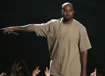 Kanye West se diz exausto e cancela resto de turnê após discursos bizarros