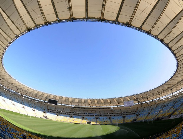 comitiva vistoria estádio maracanã (Foto: André Durão / Globoesporte.com)
