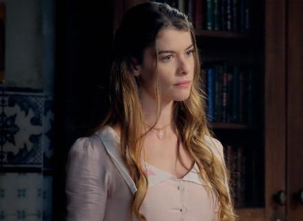 Lívia está disposta a tudo para descobrir a verdade sobre seu pai