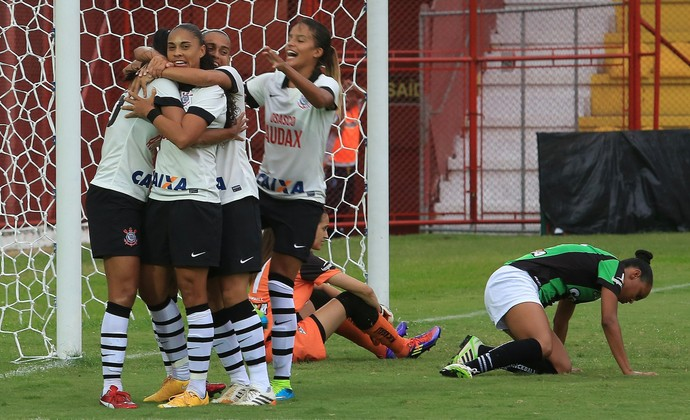 Corinthians futebol feminino (Foto: Elvelson de Freitas/Allsports)