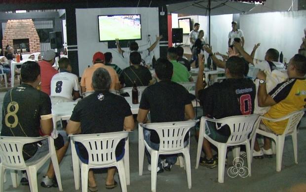 Roraimenses acompanham a disputa entre o Flamengo e Vasco (Foto: Bom Dia Amazônia)