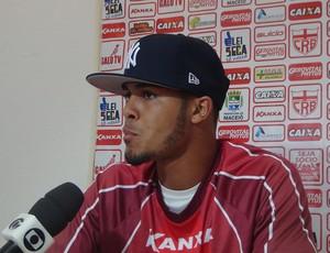Maxwell CRB (Foto: Viviane Leão/GloboEsporte.com)