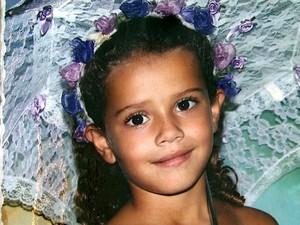 Menina morta com facada no peito em Mococa (Foto: Reginaldo dos Santos / EPTV)