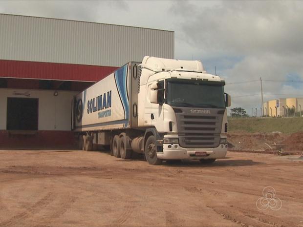 Greve dos caminhoneiros já causa transtornos no Acre. (Foto: Reprodução/TV Acre)