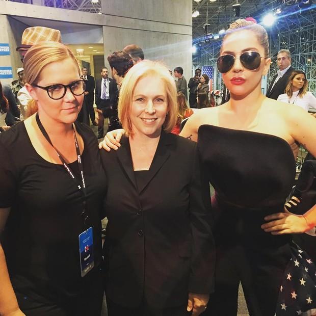 Amy Schummer e Lady Gaga (Foto: Instagram / Reprodução)