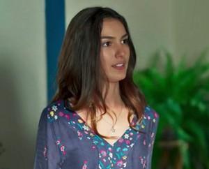 Luciana fica tensa com aviso de Samurai (Foto: TV Globo)