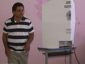 Eleitor Edinei Bahia (Foto: Egi Santana/ G1)