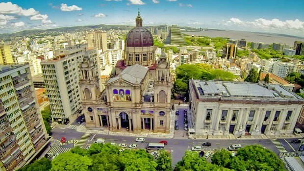 Exposição traz imagens aéreas de Porto Alegre (Divulgação)