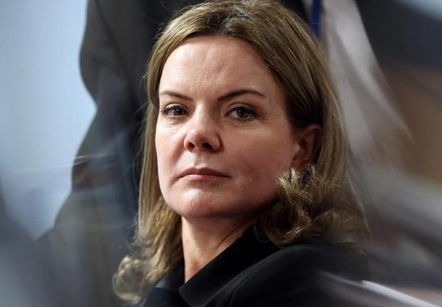 Senadora Gleisi Hoffmann, em sessão em Brasília (Foto: Adriano Machado/Reuters)