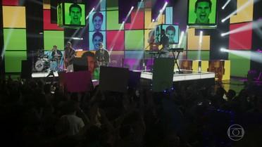 A 4.4 começa apresentação em Recife