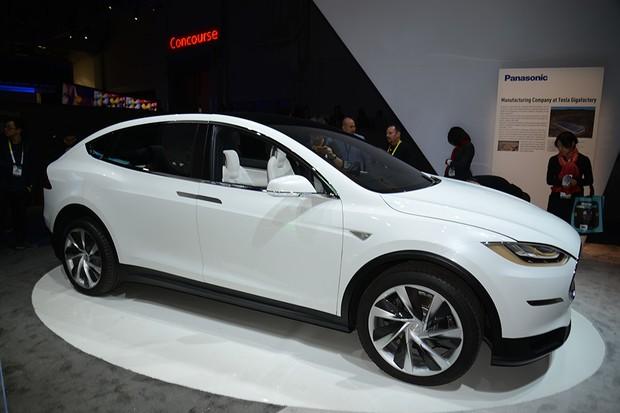 Tesla Model X na CES 2015 (Foto: Newspress)