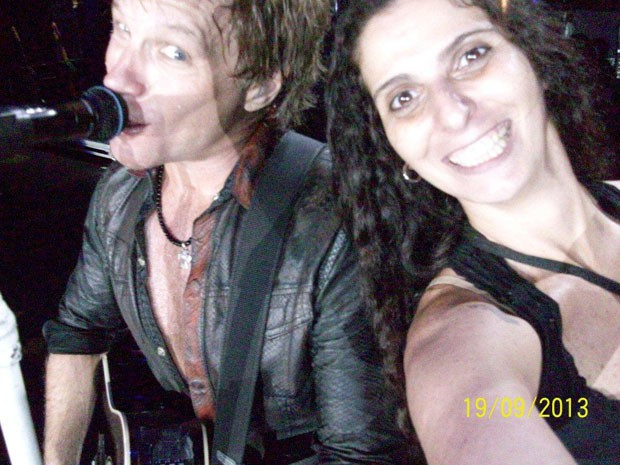 Jon Bon Jovi e a fã Rosana Guedes (Foto: Rosana Guedes/Arquivo pessoal)