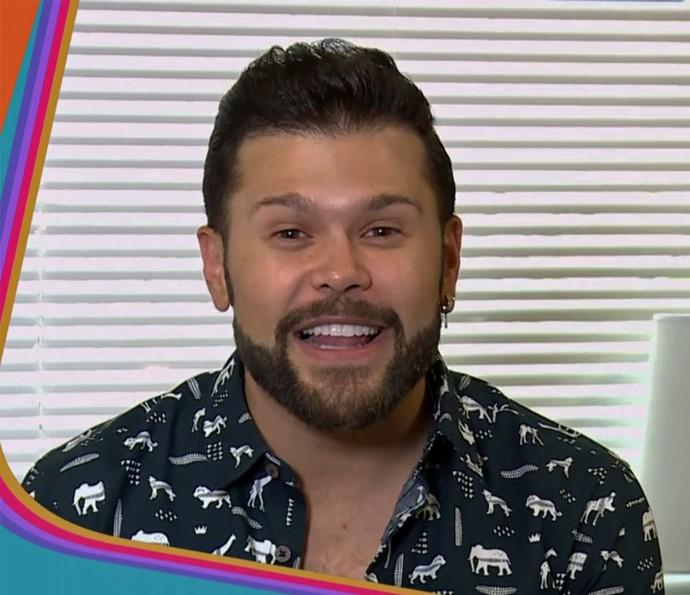Marcos conta que já tentou a sorte com uma cueca amarela (Foto: TV Globo)
