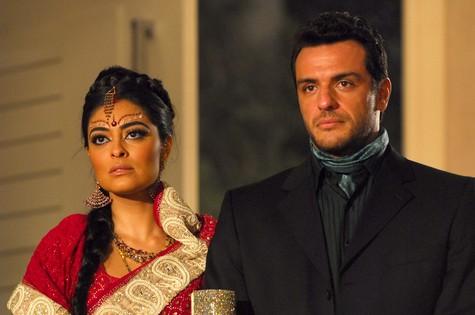 """Em """"Caminho das Índias"""", ele foi o protagonista Raj, que sofria pelo amor de Maya (Juliana Paes)  (Foto: TV Globo / Márcio de Souza)"""