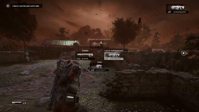 Carregue armas de estilos diferentes em Gears of War 4 (Foto: Reprodução/Murilo Molina)