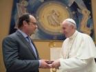 Hollande visita Papa no Vaticano e agradece apoio após atentados