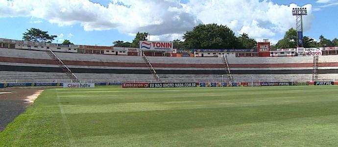 Santa Cruz, estádio Ribeirão Preto (Foto: Reprodução EPTV)