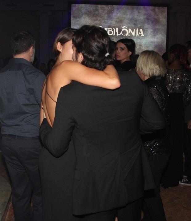 Shopie Charlotte beija muito Daniel Oliveira (Foto: Ag. News)
