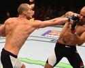 Igor Araújo resiste a duro castigo, mas perde por pontos para Sean Strickland