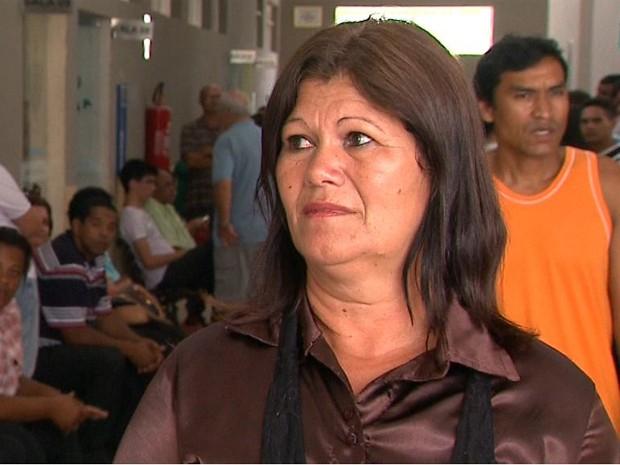 Cleusa Campos, tia da adolescente morta no atropelamento, diz que atitude do condutor foi irresponsável (Foto: Márcio Meireles/EPTV)