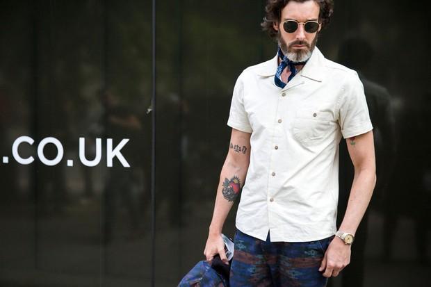 Street Style - Semana de Moda de Londres verão 2017 (Foto: Imaxtree)