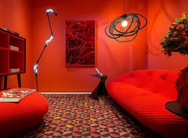 ligne roset promove mostra de decora o casa e jardim. Black Bedroom Furniture Sets. Home Design Ideas