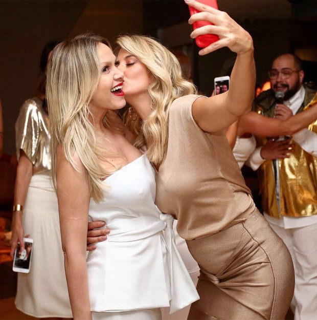 Eliana e Ticiane Pinheiro (Foto: Manuela Scarpa/Brazil News)