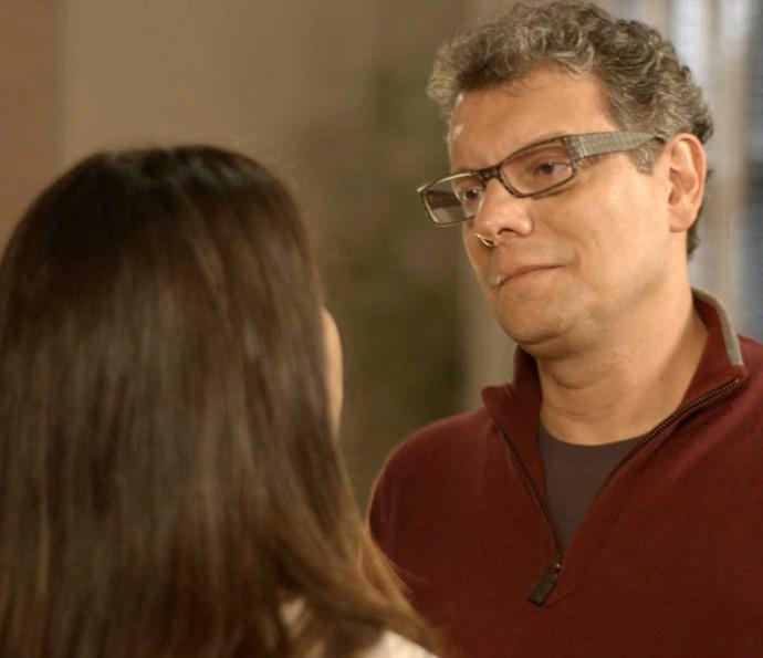 'Você ainda é muito nova, mas um dia vai entender o que eu tô dizendo', se explica Miguel (Foto: TV Globo)