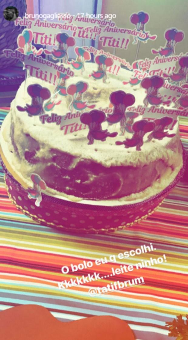 O bolo de leite ninho da festa de Titi (Foto: Reprodução)
