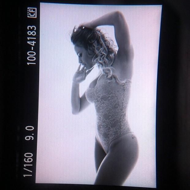 Natalia Cassasola posta foto de lingerie (Foto: Instagram / Reprodução)