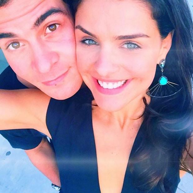 Namorando Thiago Martins, Paloma Bernardi diz que o casal ainda não pensa em casamento (Foto: Reprodução/Instagram)