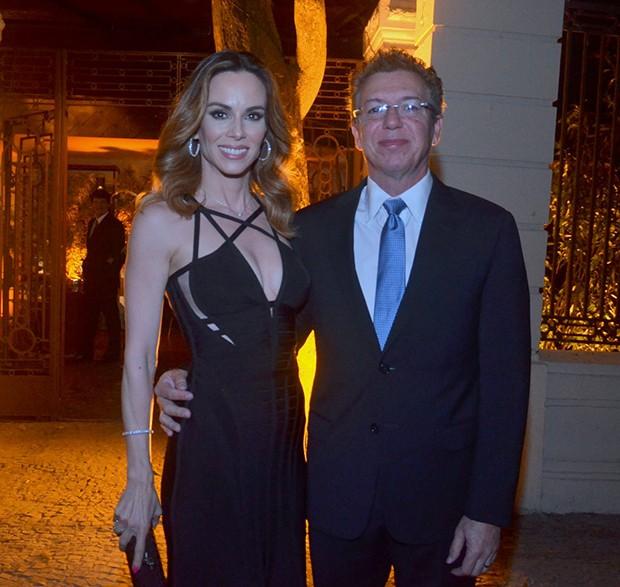 Ana Furtado e Boninho (Foto: WEBERT BELICIO E DANIEL DELMIRO / AGNEWS)