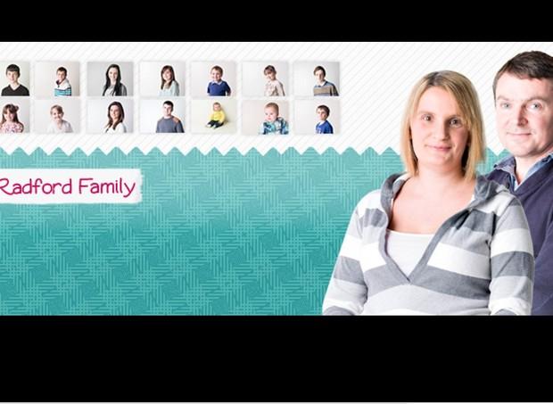 A família Radford tem um site e páginas nas redes sociais  (Foto: reprodução Facebook)